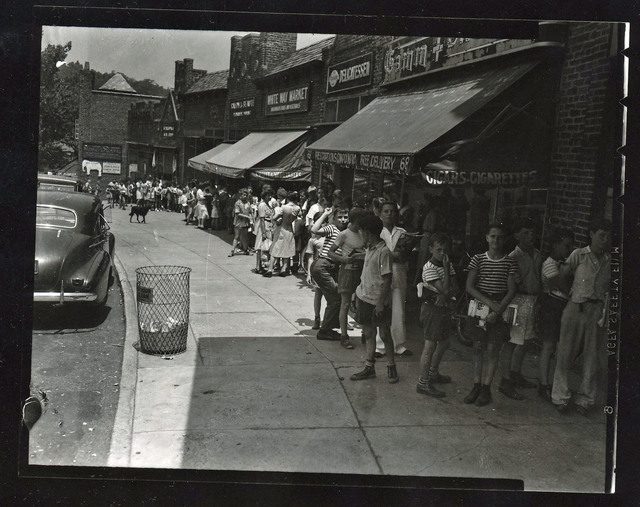 On line to enter the Scarsdale Plaza circa 1950
