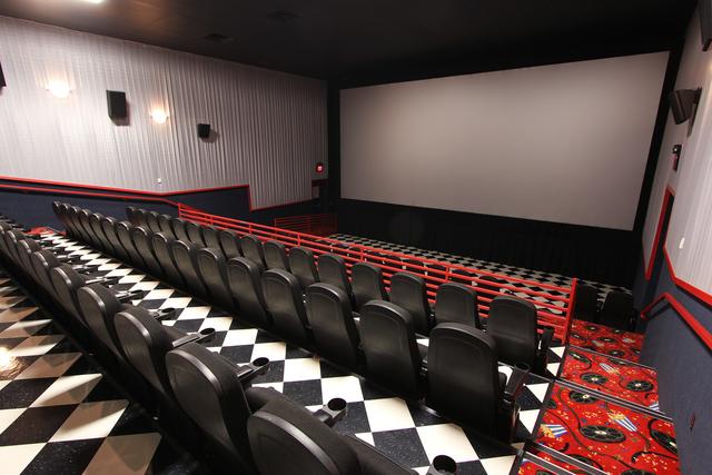 Northridge Cinema 8