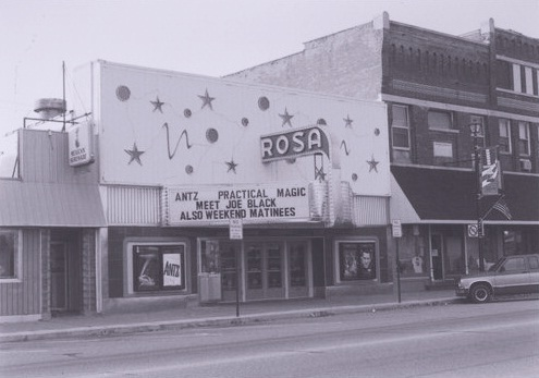 Waupaca wi movie theater