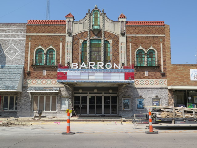 Barron Theatre - Pratt KS 8-26-15 a
