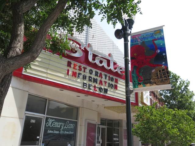 State theater in garden city ks cinema treasures - Downtown at the gardens movie theater ...