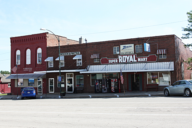 Royal Theater, Sheffield, IL