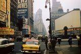 1957 photo credit André Robé.