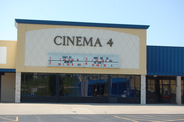 Plaza Cinema 4
