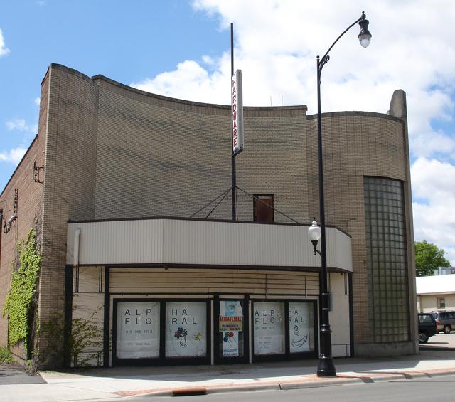 Auburn Theatre, Rockford, IL