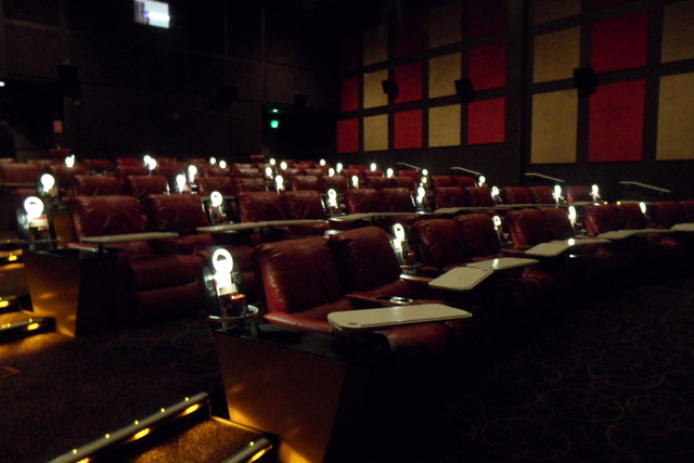 Amc dine in menlo park 12 in edison nj cinema treasures New jersey dine in theatre