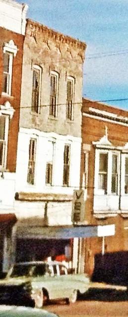 Vee Theatre, Veedersburg, Indiana