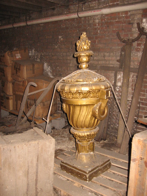 Urn from Warner/Pantages theatre