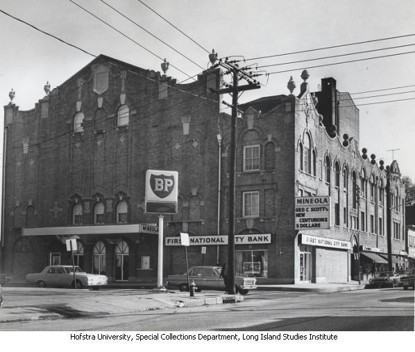 Mineola Theatre
