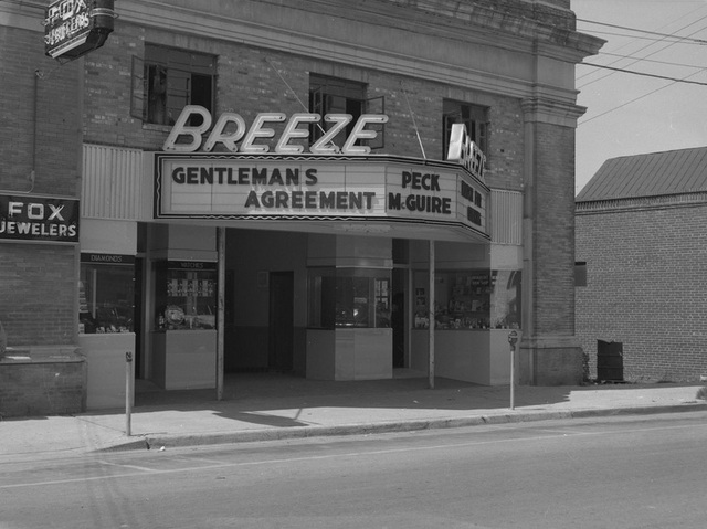 Breeze Theater