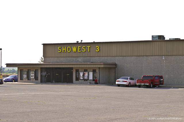Showest Theatre