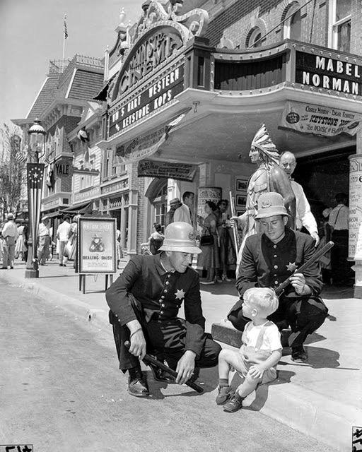 Main Street Cinema 1955, Disneyland opening.