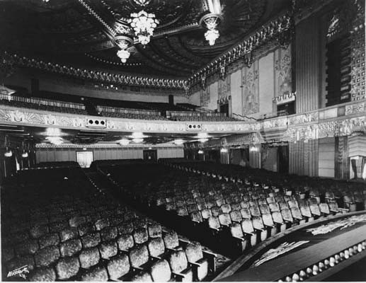 Warner Beverly Hills Theatre interior