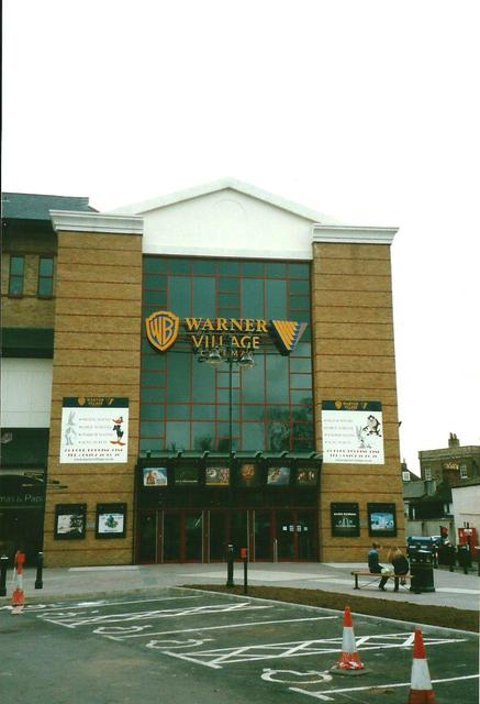 Vue Staines