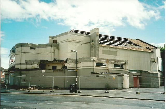 Embassy Cinema in Newcastle upon Tyne, GB - Cinema Treasures