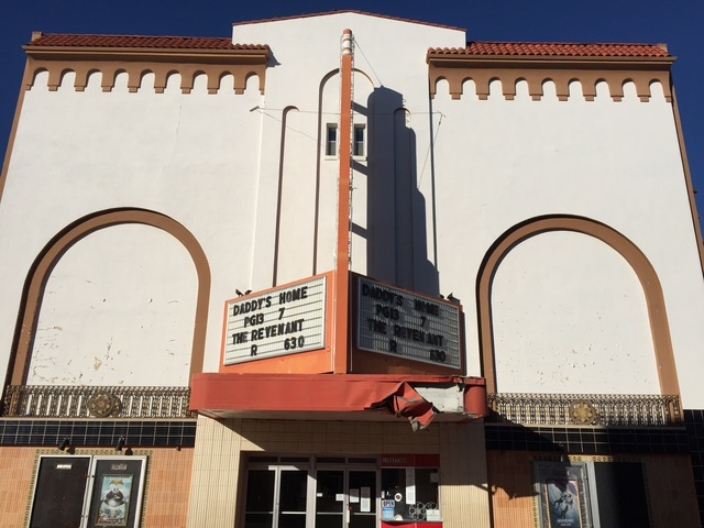 Fox Theater - La Junta CO b 2016-01-19