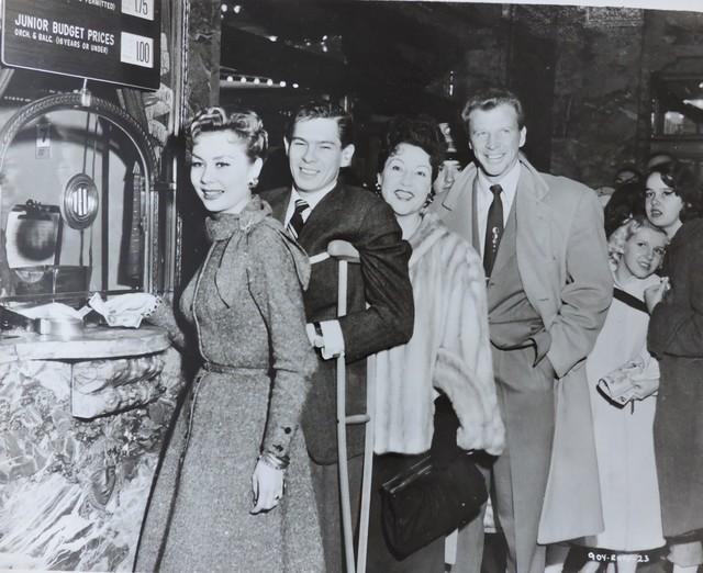 NYC ROXY 1954 Mitzi Gaynor, Johnny Ray, Ethel Merman, Dan Dailey