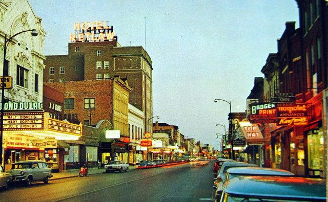 FOND DU LAC Theatre; Fond ddu Lac, Wisconsin.