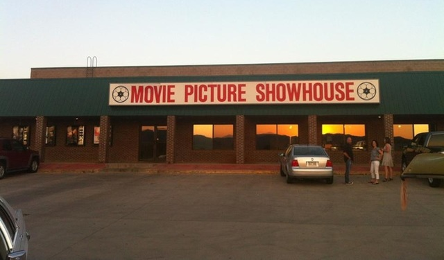 Movie Picture Showhouse