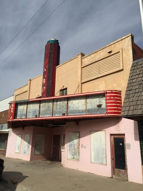 La Vista Theater - Pampa TX 2-14-2016a