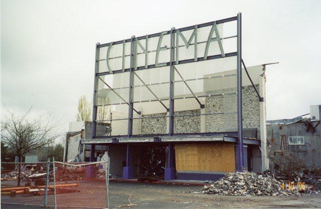 Beaverton Westgate theaer during demolition, April 10, 2006