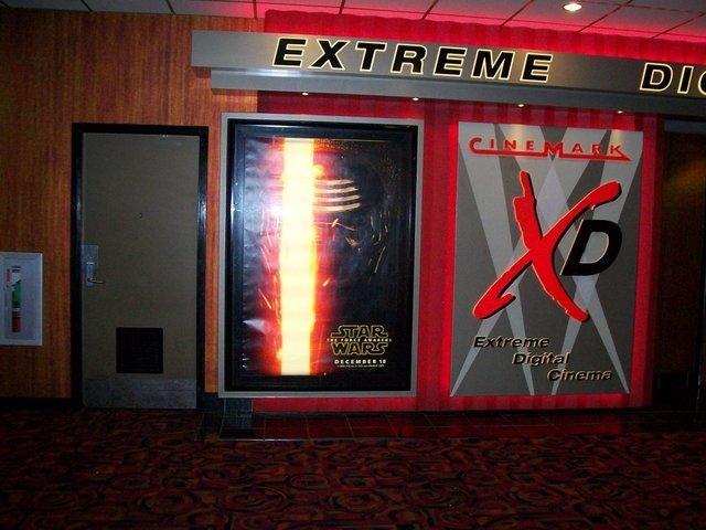 17 cinemark movie