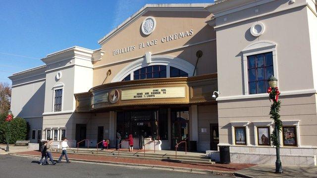 Regal Phillips Place Stadium Cinemas