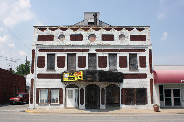 Globe Theatre, Christopher, IL