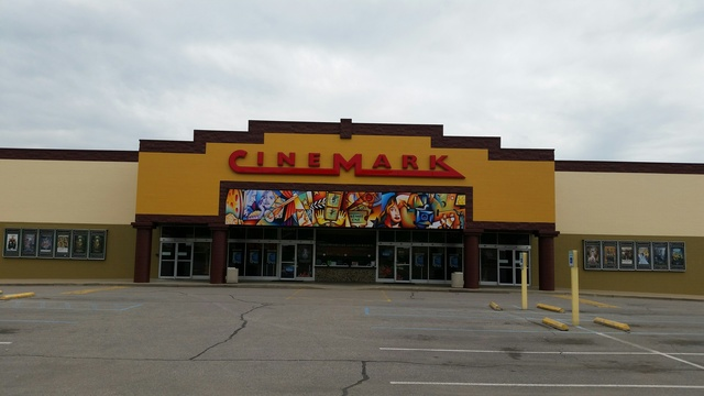 Cinemark Movies 10