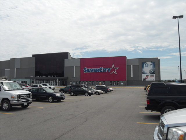 Cineplex Cinemas Oakville & VIP