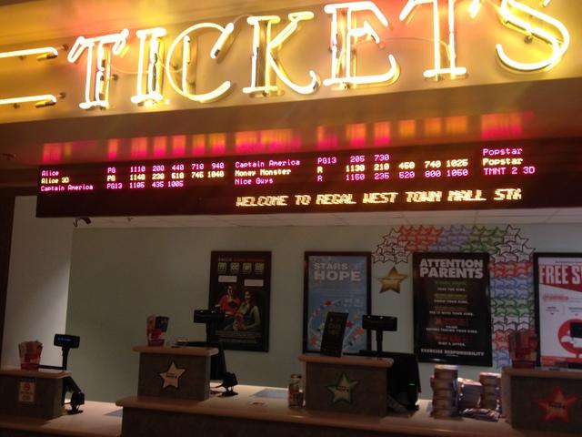 cinebarre west town stadium 9 in knoxville tn cinema