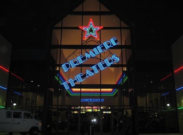 UEC Theatres 12