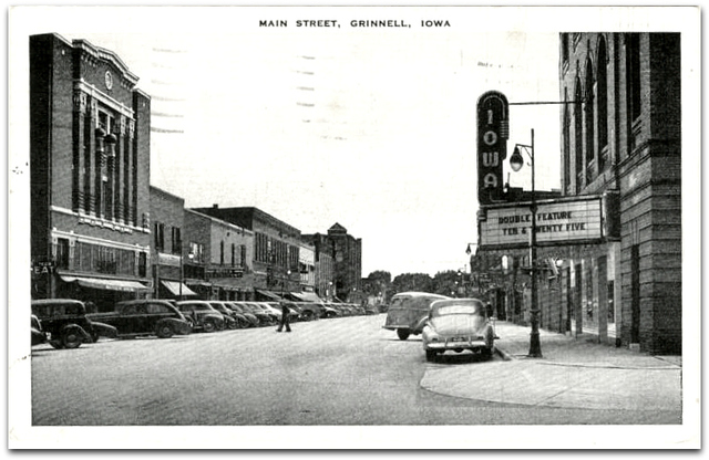 Iowa Theatre© Grinnell IA / Billy Holcomb Collection