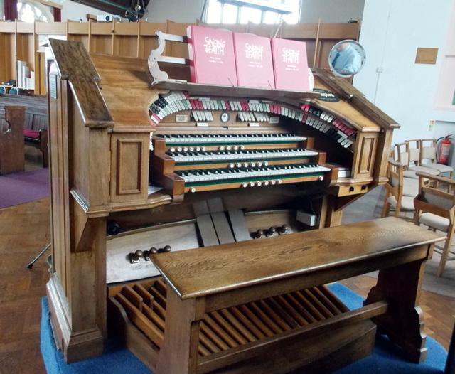 Compton Organ