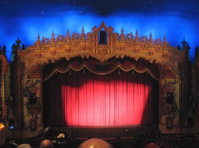 Civic Theatre (Loew's Akron) - proscenium