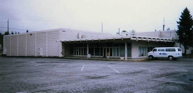 Lynn 4 Theatre