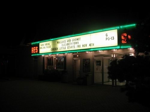 Shores Theatre