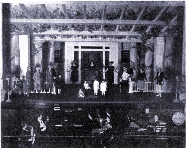 Petite Twin Theatre