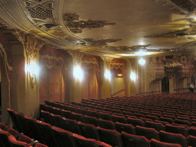 Ohio theatre (Columbus) - rear aidewall - under the balcony