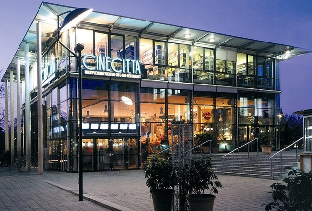 cinecitta in nuremberg de cinema treasures. Black Bedroom Furniture Sets. Home Design Ideas
