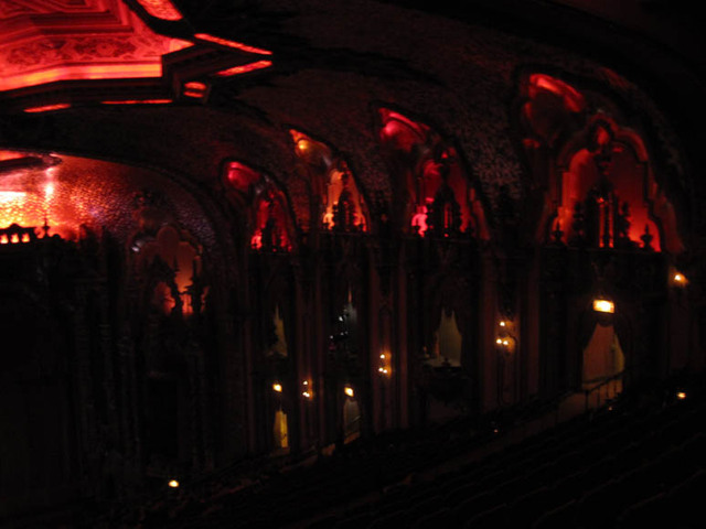Ohio Theatre (Columbus) - Auditorium - lights dimmed for concert