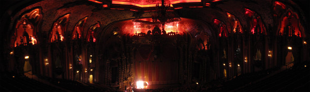 Ohio Theatre (Columbus) - Panorama - all dark and red