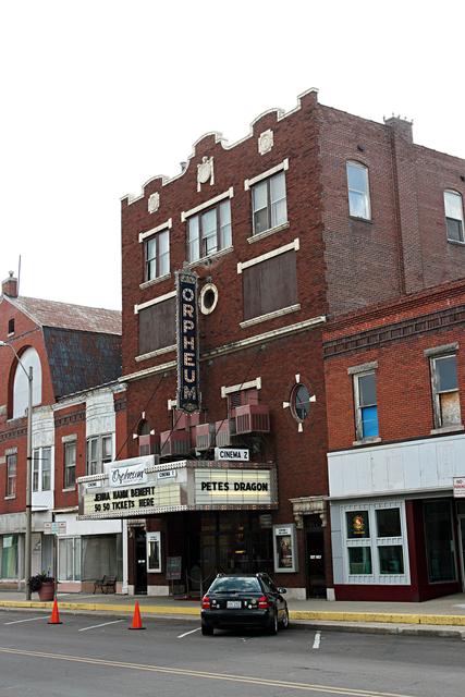 Hillsboro il movies