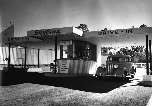 Dundas Skyline Drive-In
