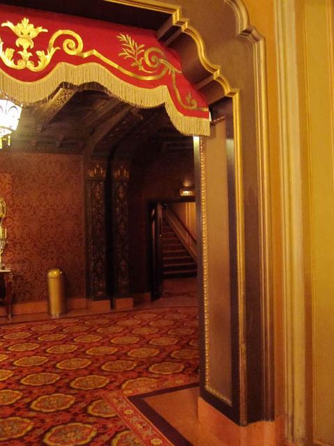Ohio Theatre (Columbus) - Halls and Stairs