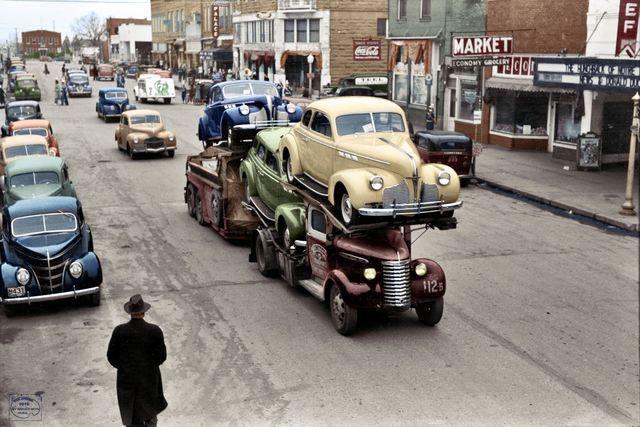 Colorized version of the 1940 Russell Lee photo, by Imbued With Hues.