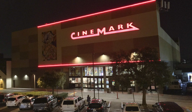 Cinemark North Hollywood in Los Angeles, CA - Cinema Treasures
