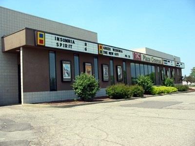 AMC Classic Plaza 8
