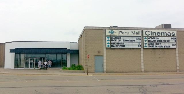 AMC Classic Peru Mall 8