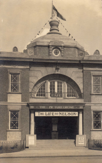 Postcard of the Sleaford Picturedrome